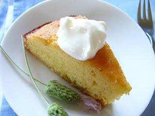 http://2.bp.blogspot.com/_3oLDpXZFhEE/TTJwnzM6QKI/AAAAAAAAAT0/2Ad_j6UZQB0/s1600/polenta-lemon-lavender-cake.jpg