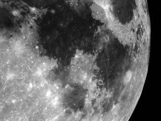 月球縮小 - 月球直徑縮小170公尺