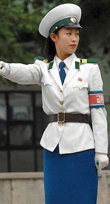 朝鮮女交警 朝鮮平壤女交警