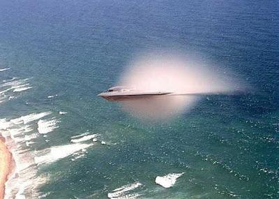 地球人自製UFO TR-3B