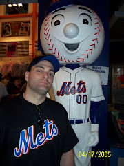 Pie meets Mr. Met