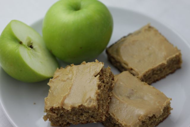 Simply Cooked: apple bars with peanut butter glaze