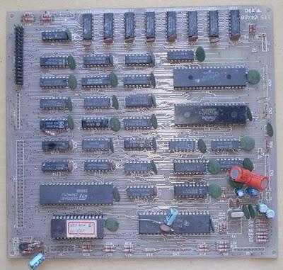 Lado dos componentes da placa