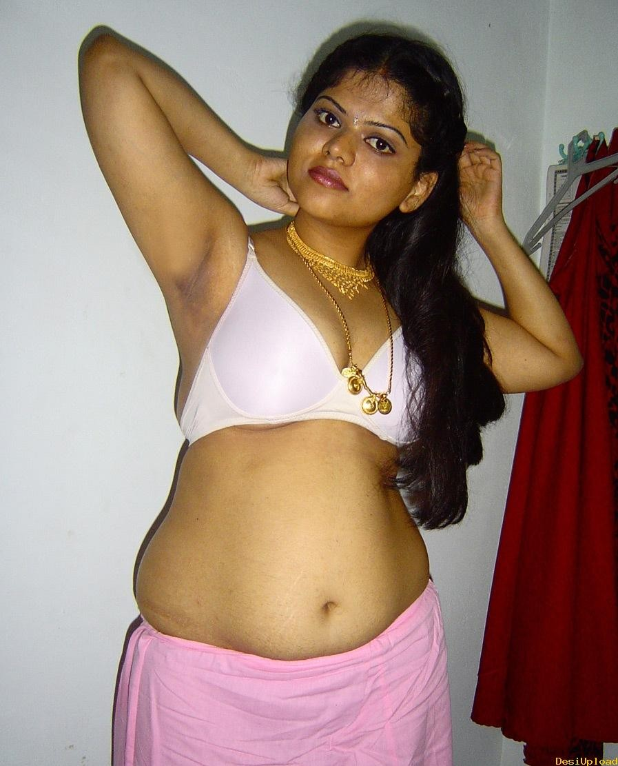 Hot Indian Aunty Bra