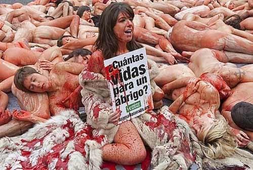 sumber :http://unik13.info/2010/12/wow-150-wanita-cantik-telanjang ...