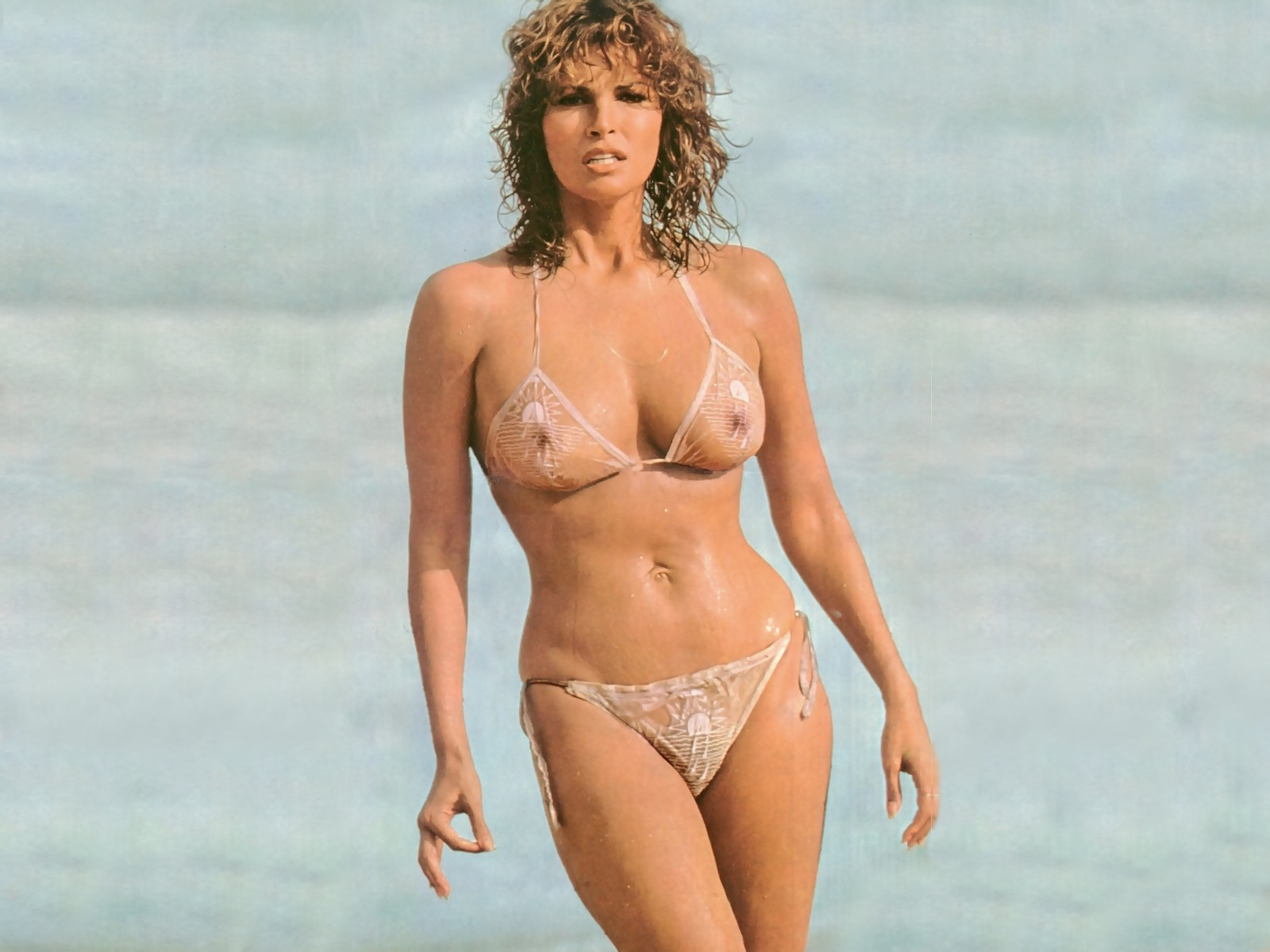Hot raquel welch