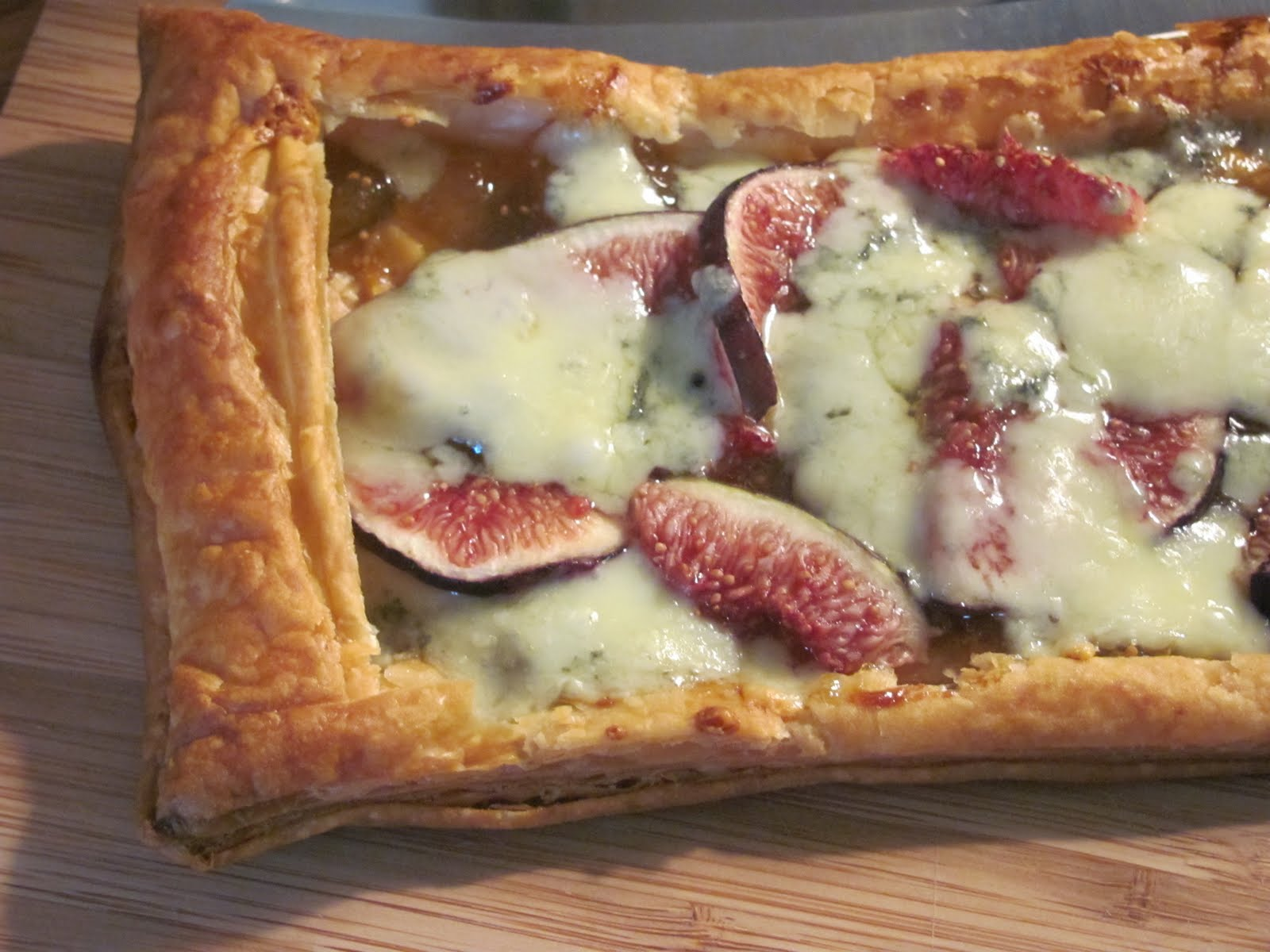 Recipes for Puff Pastry: #5 Tarts- Honey Drizzled Fig & Gorgonzola ...
