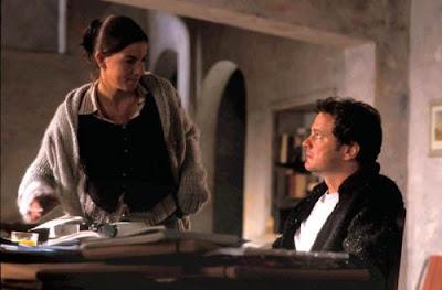 Jamie (Colin Firth) and Aurélia (Lucia Moniz)