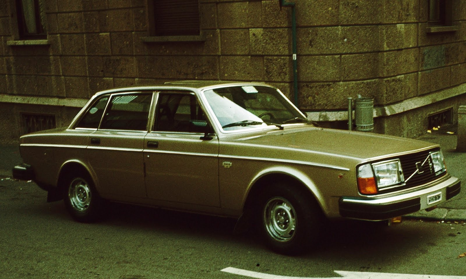 Legendary cars: October 2010