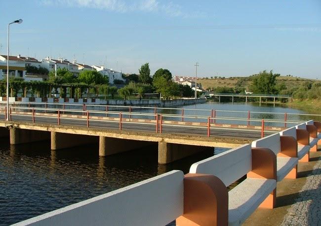 Arronches em not cias reabriu a piscina municipal de for Piscina municipal de salt