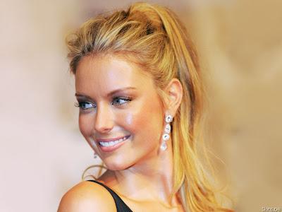Jennifer Hawkins Australian beauty queen