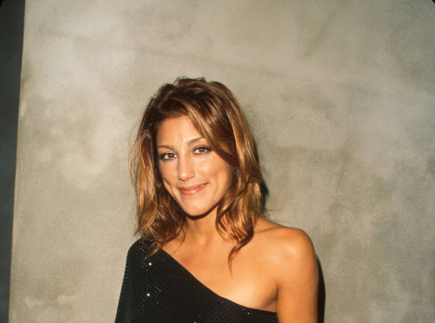 Jennifer Esposito :: Celebrity Movie Archive