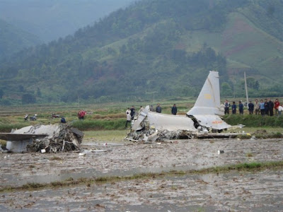 Photos of J-10 crash on 2007