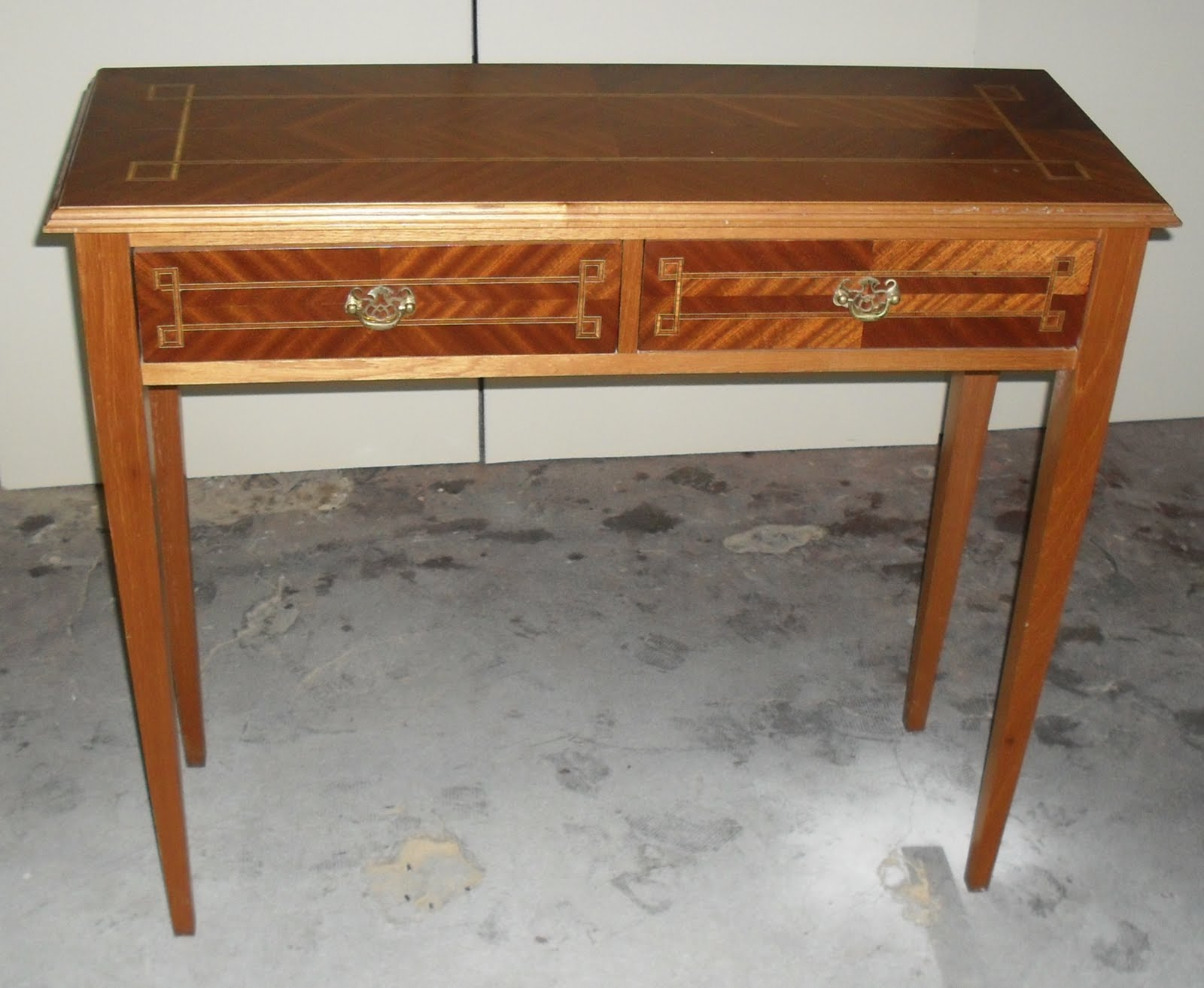 Guti rrez muebles dise o escritorio con marqueter a for Muebles escritorio diseno