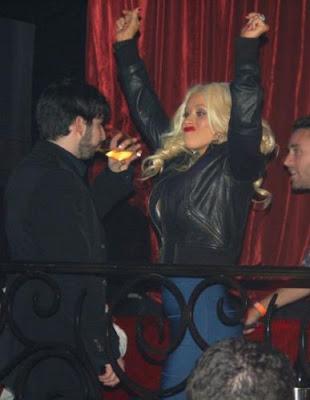 Christina Aguilera drunk