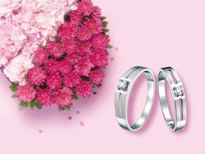 http://2.bp.blogspot.com/_3xtylGUE0Nc/SZJCUWMkkVI/AAAAAAAAA_I/vIjhCSzkpXM/s400/diamond+jewelry.jpg