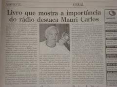 Meu velho pai, perto de completar 50 anos de rádio.
