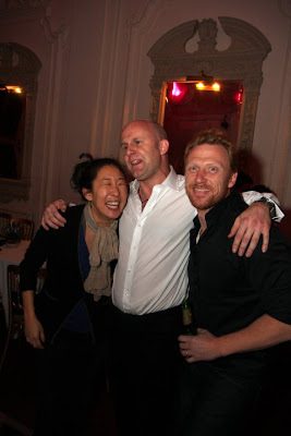 sandra oh kevin mckidd party in london