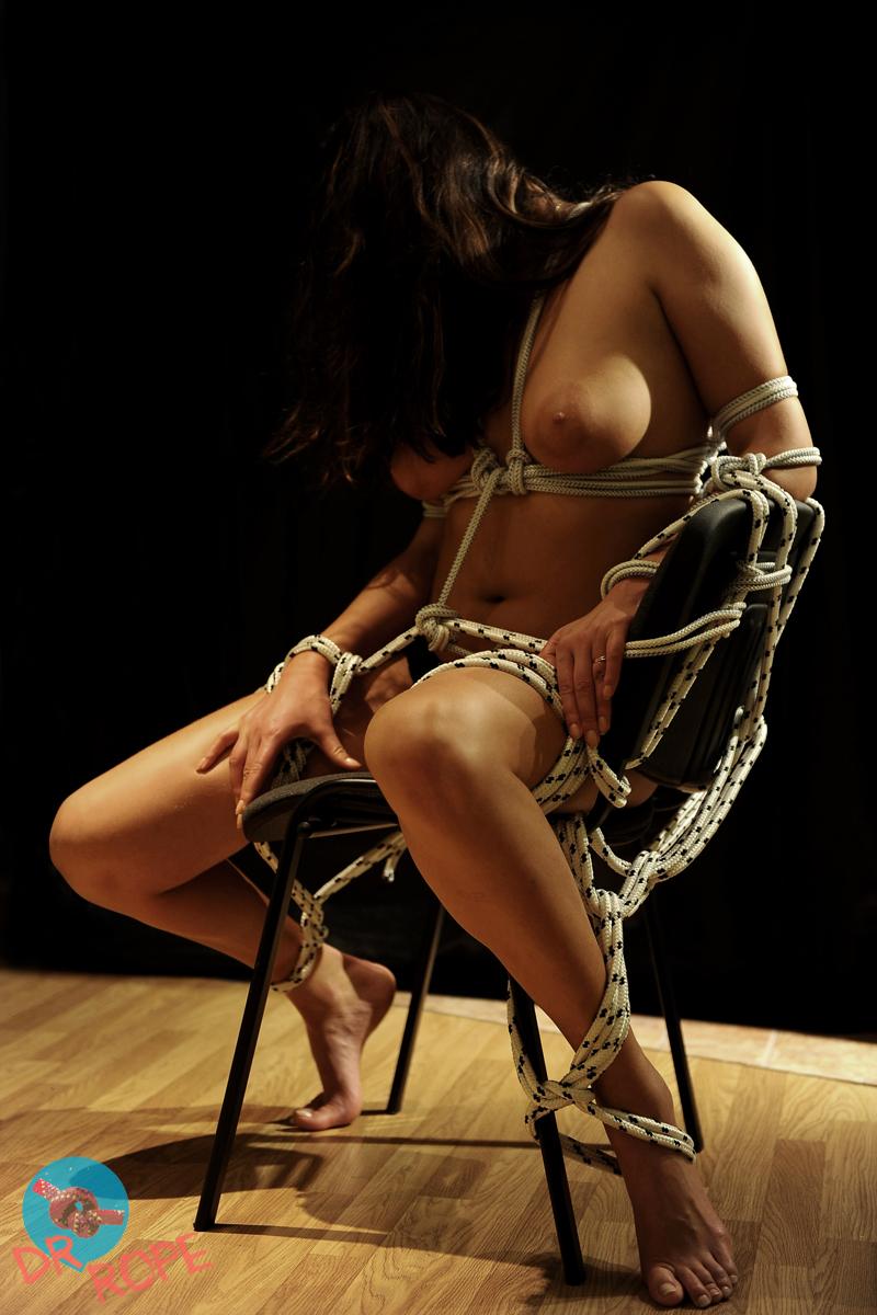 Бондаж к стулу