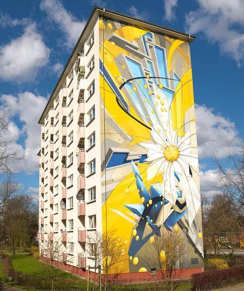 [daim-massive-mural-apartment-graffiti-entire-building.jpg]