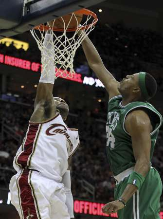 paul pierce dunk on channing frye. Dunks On Paul Pierce
