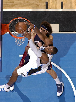 dwight howard dunking on lebron. Dwight+howard+dunking+on+