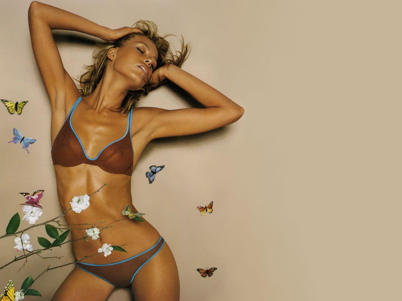 Petra Nemcova bikini gallery