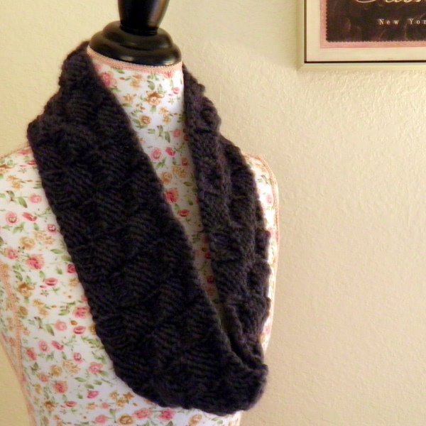 NobleKnits Knitting Blog: Knit Cowl Pattern The 3-Hour, 1-Ball Cowl!