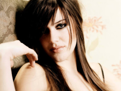 Michelle Ryan photo 1
