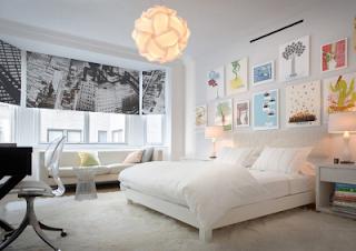 Con encanto composici n con cuadros - Decoracion dormitorio blanco ...