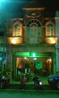 สถานที่ท่องเที่ยว,ร้านตา-ขุน