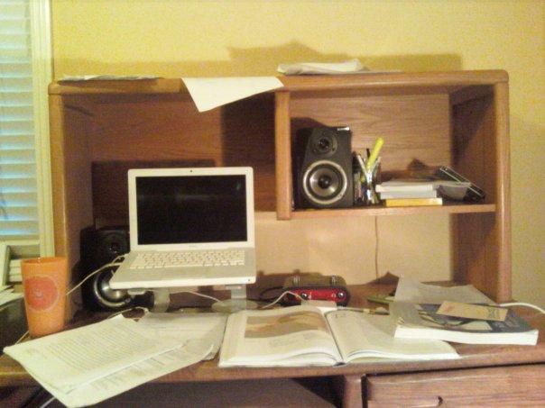 [finals+desk]