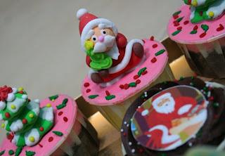 Cake Boss Christmas Cupcakes