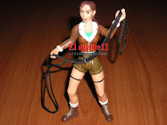 LARA CROFT TOMB RAIDER.