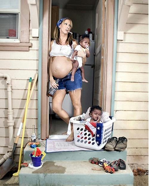 http://2.bp.blogspot.com/_49Z4yK7HSks/TOhmpSCenFI/AAAAAAAAALs/nFHU2B78lNM/s1600/White-mommy.jpg