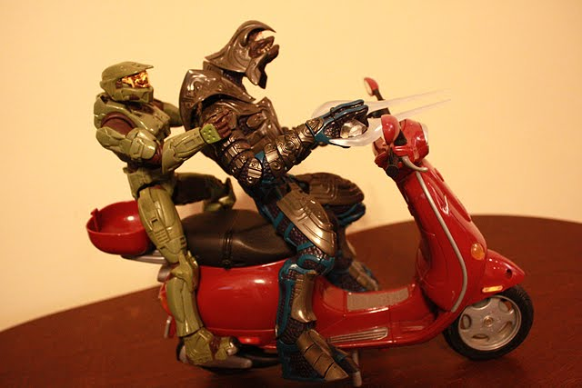 Master Chief off duty, Arbiter got a motorcycle!! Part1