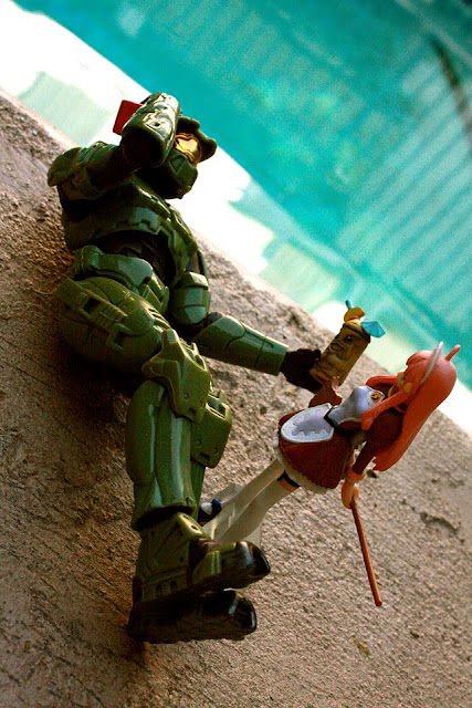 Arbiter's weekend... part1, Master chief off duty