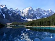 La natura incontaminata del Banff National Park sulle Montagne Rocciose (moraine lake)