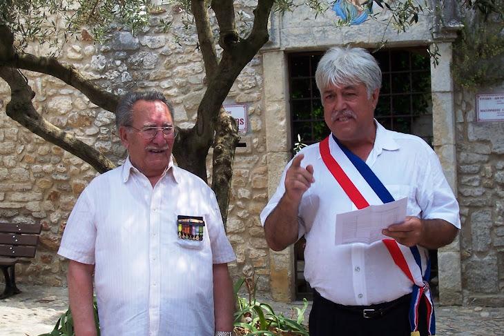 Marcel CASEVECCHIE RECOIT LA MEDAILLE ET LE DIPLOME D'ANCIEN COMBATTANT 39/45