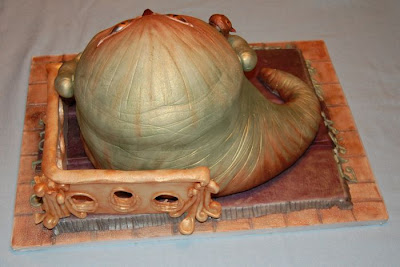 Amazing Jabba Shaped Cake Seen On www.coolpicturegallery.net