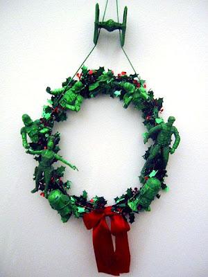 15 Geeky Christmas Nerd Decorations