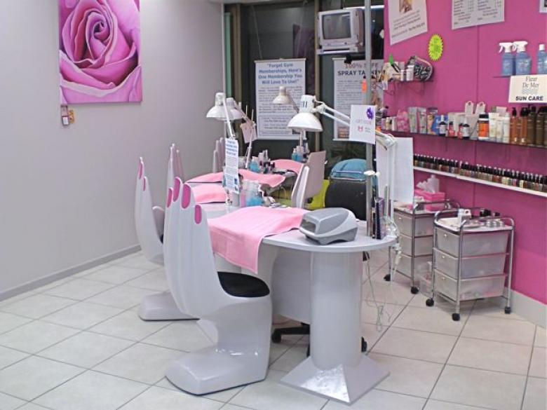 Beauty And Hair Salon : Beauty Salon