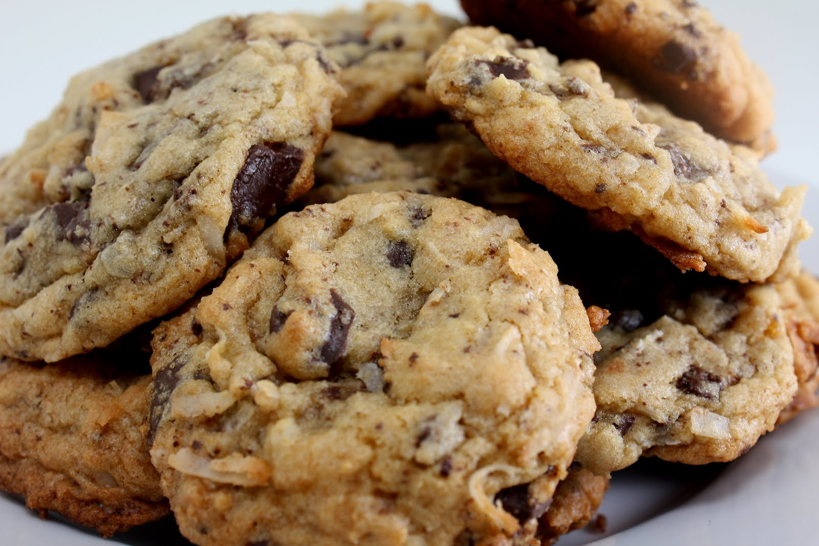 coconut+chocolate+chip+cookies.JPG