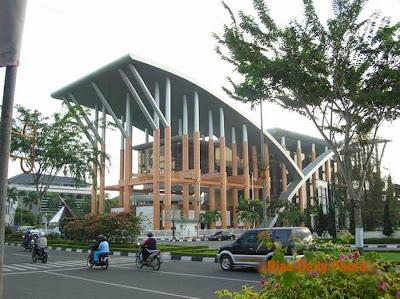Soeman HS Riau Library
