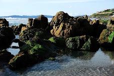 El mar en las rocas.