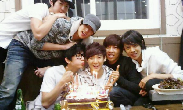 jigymarg's Birthday  Ukiss1