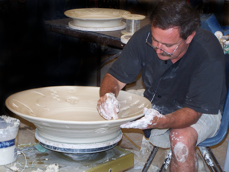 Professional Potter  Bob Husby