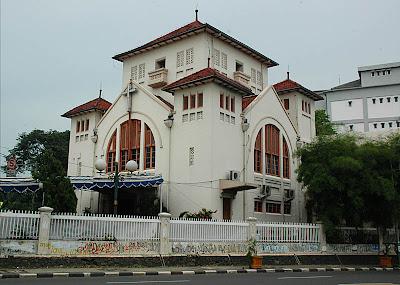 Gereja Koinonia, Jatinegara