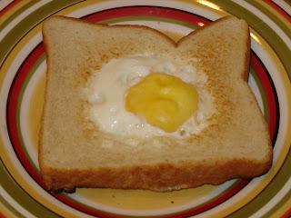 L'œuf dans l'trou de Lou