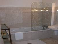 Tips for Installing a Tub Surround